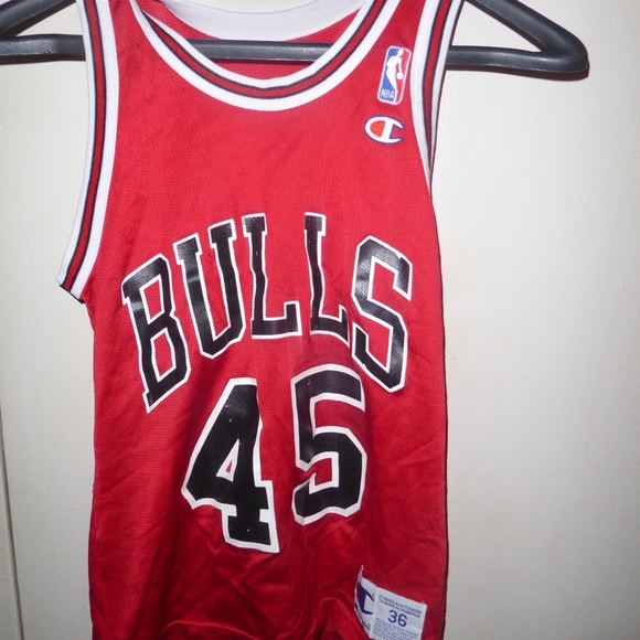 new concept 2cbbc c2d37 Vintage authentic champion Bulls Jordan 45 jersey